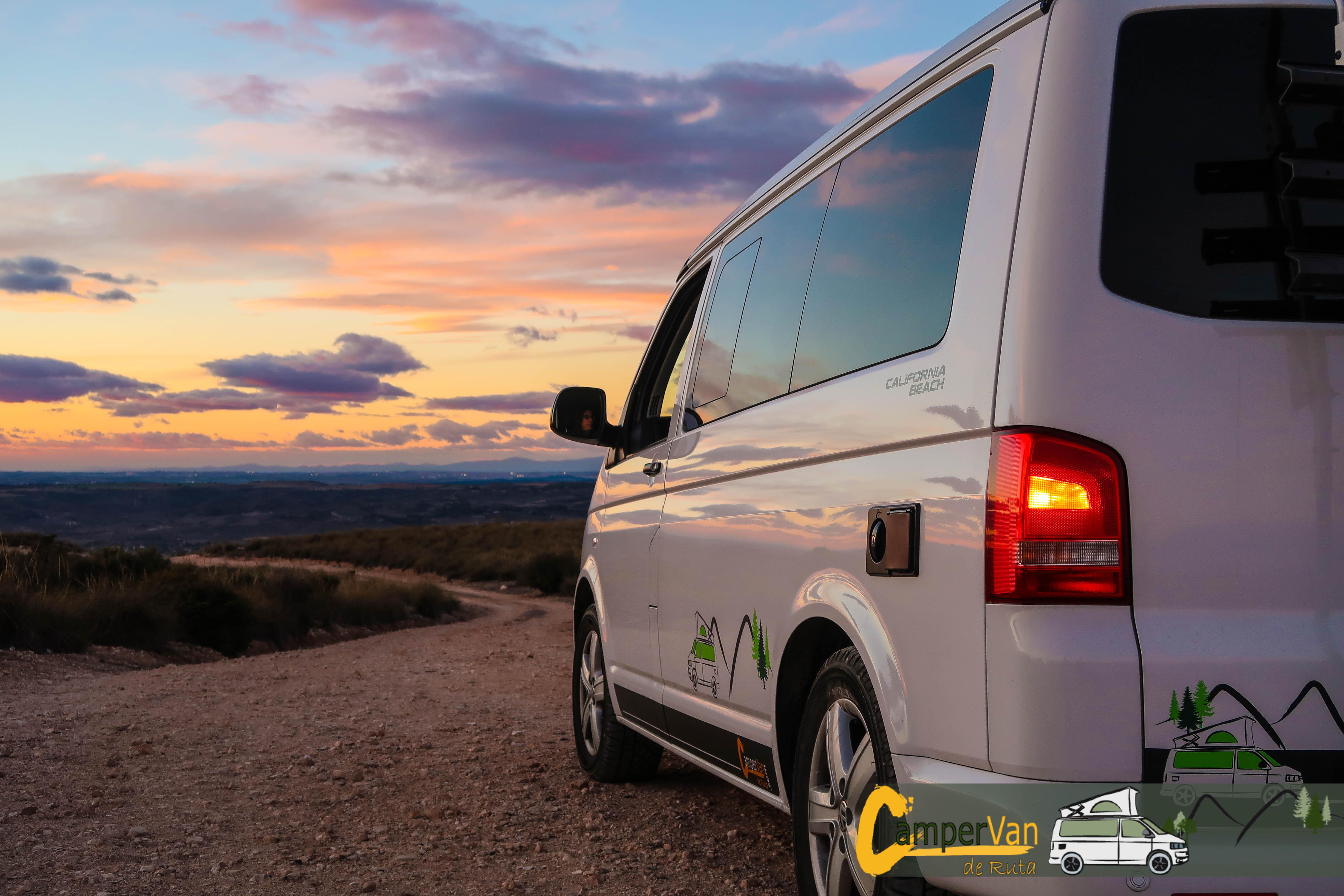 Sunset view with Campervan de Ruta